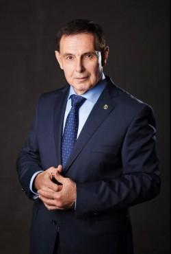 Джелаухов в галстуке
